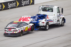 Greg Biffle, Roush Fenway Racing Ford after a huge crash