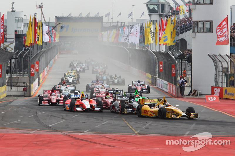Start: Ryan Hunter-Reay, Andretti Autosport, Chevrolet, in Führung