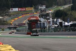 Richting « Eau Rouge » en de « Raidillon »