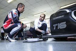 Sébastien Loeb, Peugeot 208 T16'yı test ediyor