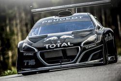 Sébastien Loeb testet den Peugeot 208 T16