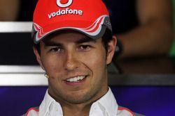 Sergio Pérez, McLaren en la Conferencia de prensa FIA