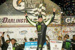 Podium: race winner Kyle Busch celebrates