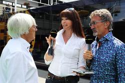 (Soldan-Sağa): Bernie Ecclestone, CEO Formula 1 Group, ve Suzi Perry, BBC F1 Sunucusu ve Eddie Jorda