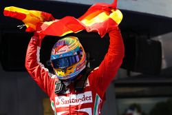 Race winner Fernando Alonso, Ferrari celebrates in parc ferme