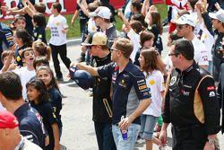 Sebastian Vettel, Red Bull Racing et Kimi Räikkönen, Lotus F1 Team