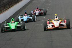 James Hinchcliffe, Andretti Autosport Chevrolet and Helio Castroneves, Team Penske Chevrolet