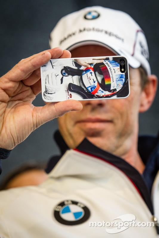 Dirk Adorf tira uma foto
