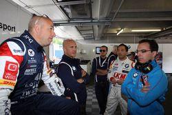 Tom Coronel, BMW E90 320 TC, ROAL Motorsport com Aldo Preo, proprietário da, ROAL Motorsport e Darr