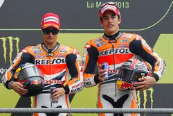 Podio: ganador de la carrera Dani Pedrosa, Repsol Honda Team y el tercer lugar Marc Marquez, Repsol