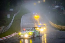 #40 Pinta Team Manthey Porsche 911 GT3 R (SP9): Michael Illbruck, Robert Renauer, Klaus Bachler, Mic