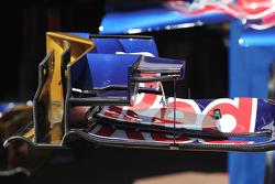 Scuderia Toro Rosso STR8 voorvleugel