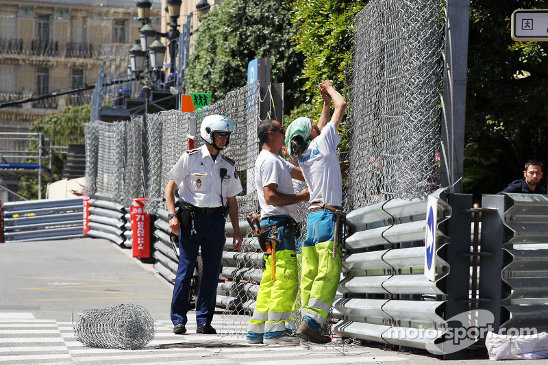 Circuit preparations as catch fencing goes up