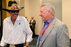 Richard Petty talks with Waddell Wilson