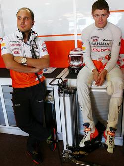 Paul di Resta, Sahara Force India F1 et Gianpiero Lambiase, Sahara Force India