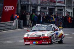#140 Kissling Motorsport Opel Manta (SP3): Olaf Beckmann, Volker Strycek, Peter Hass, Jürgen Schulte