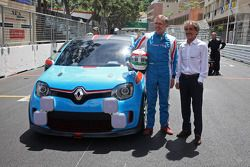 Carlos Tavares, Renault COO with the Renault Twin'Run Concept Car, with Alain Prost (FRA)