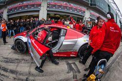 Pit stop #15 Audi corrida experience Audi R8 LMS ultra (SP9): Rahel Frey, Dominique Bastien, Ronnie