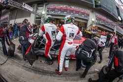 Pit stop #2 Abt Team Mamerow Audi R8 LMS ultra (SP9): Christian Mamerow, Thomas Mutsch, René Rast, M