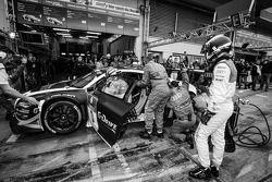 Pit stop #3 Phoenix Racing Audi R8 LMS ultra (SP9): Frank Biela, Christer Jöns, Luca Ludwig, Roman R