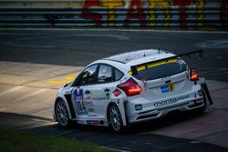 #104 Wölflick Racing Ford Focus (SP4T): Stephan Wölflick, Urs Bressan, Jürgen Gastatter