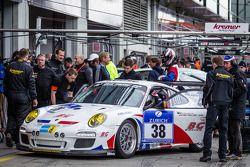 #38 Kremer Racing Porsche 997 GT3 (SP7): Pascal Bour, Franck Bulté, Jean-Luc Deblangey, Patrick Henr