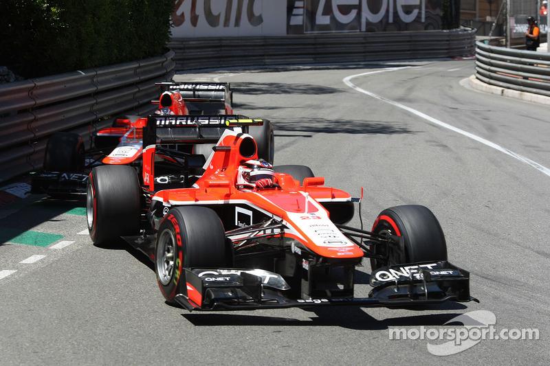 Max Chilton, Marussia F1 Team MR02 ve takım arkadaşı Jules Bianchi, Marussia F1 Team MR02