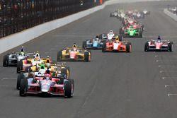 Reinicio: Marco Andretti es líder