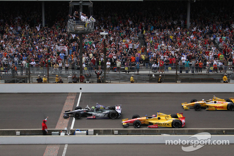 Tony Kanaan, KV Racing Technology Chevrolet se lleva la victoria