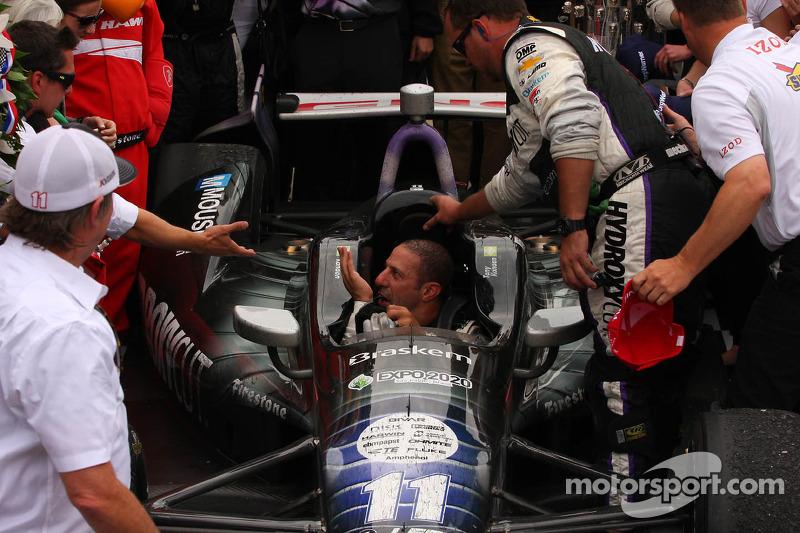 Pós-corrida: Tony Kanaan, KV Racing Technology Chevrolet, comemora