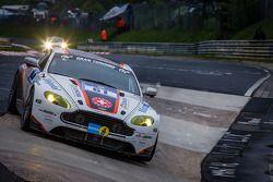 #61 Team Bratke Aston Martin Vantage V8 GT4 (SP10): Oliver Louisoder, Uwe Legermann, Scott Preacher,