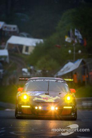 #88 Haribo Racing Team Porsche 911 GT3 Cup (SP7): Christian Menzel, Mario Farnbacher, Dominik Brinkmann, Jeffrey Schmidt