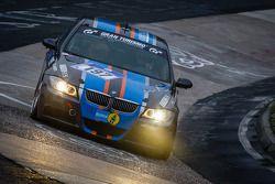 #197 BMW 325 (V4): Petra Baecker, Steven Liquorish, Samo Mazi, Friedrich Nordmeier