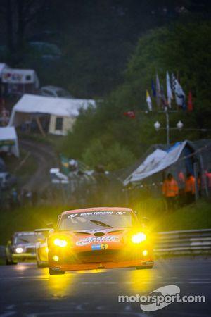 #65 Nova Race Ginetta GT4 G50 (SP10): Michael Simpson, Niccolo Nalio, Luis Scarpaccio