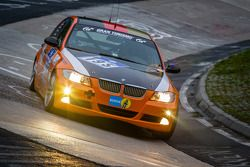 #195 dmsj Youngster-Racing-Team BMW E90 325i (V4): Sascha Friedrich, Marcel Hellberg, Sönke Glödke,