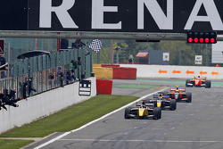 Kevin Magnussen takes the win