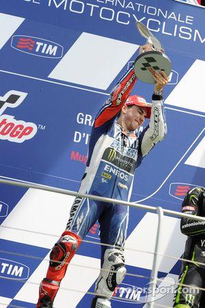 Ganador de la carrera Jorge Lorenzo Yamaha Factory Racing