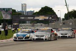 Largada James Sofronas, Audi R8 Johnny OConnell, Cadillac CTS-V.R Andy Pilgrim, Cadillac CTS-V.R