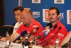 Coletiva, James Thompson, Lada Granta, LADA Esporte Lukoil