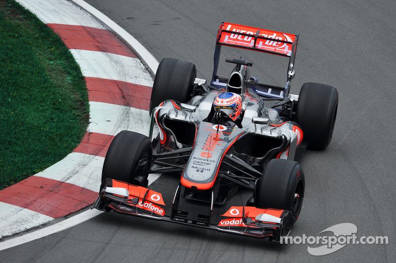 2013 : McLaren MP4-28, à moteur Mercedes