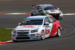 Tom Chilton, Chevrolet Cruze 1.6 T, RML e Gabriele Tarquini, Honda Civic, Honda Racing Team J.A.S.