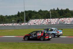 Rene Munnich, SEAT Leon WTCC, Münnich Motorsport en James Nash, Chevrolet Cruze 1.6 T, Bamboo Engine
