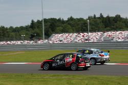 Rene Munnich, SEAT Leon WTCC, Münnich Motorsport e James Nash, Chevrolet Cruze 1.6 T, Bamboo Engenha