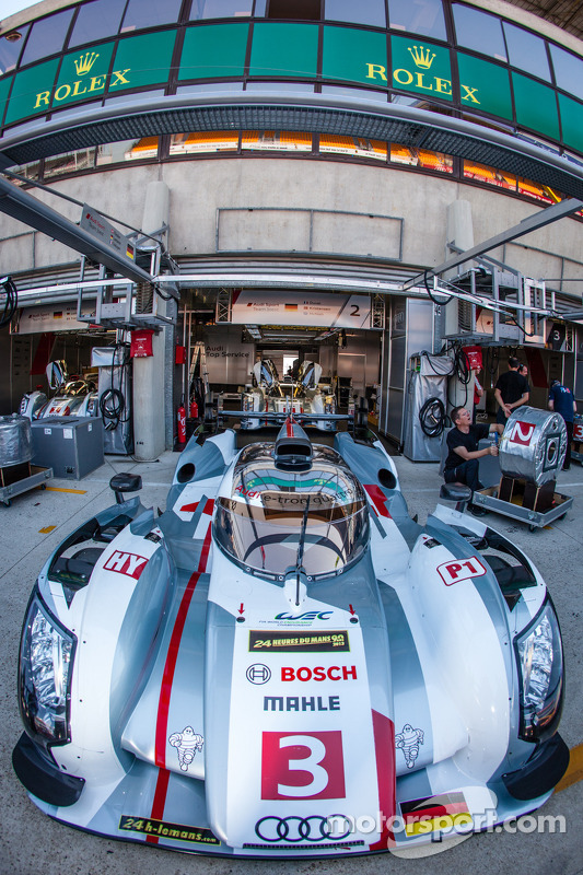 #3 Audi Sport Team Joest Audi R18 e-tron quattro