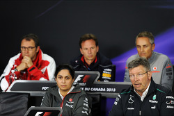 Christian Horner, Red Bull Racing ; Martin Whitmarsh, McLaren ; Paul Hembery, Pirelli ; Ross Brawn, Mercedes AMG F1