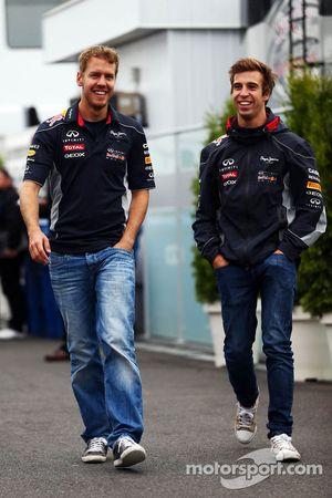 (L to R): Sebastian Vettel, Red Bull Racing with Antonio Felix da Costa, Red Bull Racing Test Driver