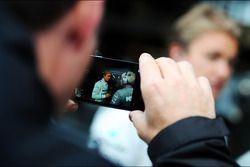 Nico Rosberg, Mercedes AMG F1 through a smart phone
