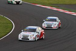 Tom Chilton, Chevrolet Cruze 1.6 T, RML e Yvan Muller, Chevrolet Cruze 1.6T, RML
