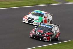 René Münnich, SEAT Leon WTCC, Münnich Motorsport e Stefano Daste, BMW 320 TC, PB Racing