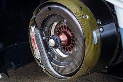 El freno de disco del #2 Audi Sport Team Joest Audi R18 e-tron quattro